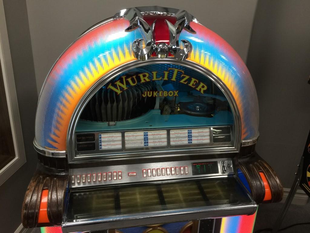 Jukebox Repairs! | Wurlitzer from the movie Top gun